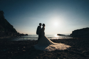 bride and groom Cornwall reportage photography